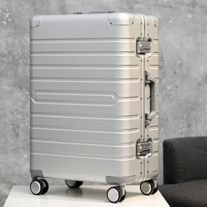 100% aluminum material, technology and fashion, high quality 20 24 28 size travel Luggage Spinner brand Travel Suitcase LJ201118