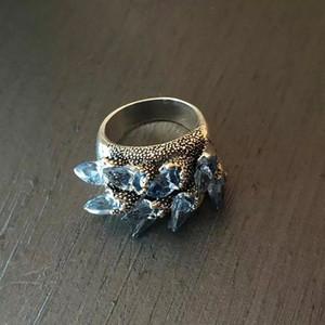 Electroplate Zircon Ring Fashion Originalità Anelli Popolari Donne Uomo Metallo Band Gioielli Accessori Irregolari Risultati Irregolari Vendita calda 4 9FS O2