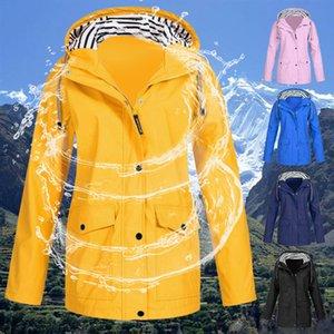 Hiking Jacket Lightweight Raincoat Outdoor Clothes Women Jacket Coat Windproof Transition Jacket Female Raincoat Camp Jackets Q1202