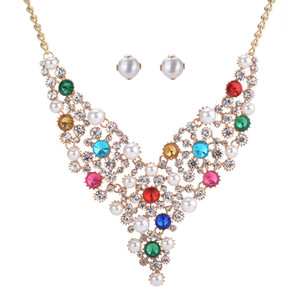 New 2018 Luxury Necklaces Set Women Pearl Rhinestones Earrings Necklace Set Lady V-Neck Dress Jewelry 5SETS