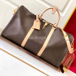 Luxurys Designers Duffel Bag 2020 Marca Original Moda Bolsas 45 50 55 Cm Grandes Mulheres Mulheres Couro Homens Viagens Sacos Ombro Crossbody Bag