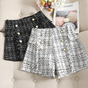 Autumn and winter woolen childrens loose wild small fragrance wide leg thick tweed shorts high waist boots
