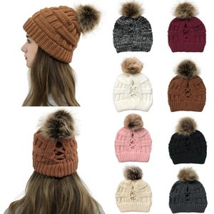 Fashion Knitted Hats Ponytail Caps Women Pom Pom Ball Ponytail Beanie Winter Warm Wool Knitting Hat Christmas Party Hats Supplies HWF3043