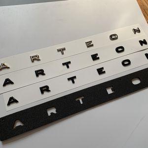 Lettera Emblema per VW cc Arteon Arteon posteriore Tronco medio Logo Badge Letter Script Sticker Car Styling Boot Boot Lid Decorazione Chrome Black