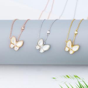 Muy bonito colgante colgante collar de mariposa para mujer Collar de diamantes de acero inoxidable Joyería de acero Hip Hop Joyería de moda Collar de oro