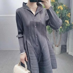 Real shot 2020 Autumn spring Miyake pleated stand collar single breasted fashion show thin long sleeve flower bud jacket