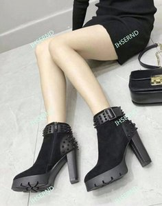 High-quality and delicate sheep and calfskin spikes embellished fashion trendy short boots warm thick fleece fashion black leather shoes