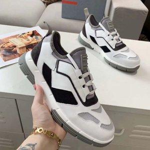 Комфортные кроссовки мужчин женщин заклепки квартиры обувь ткацкие кожаные лоскутные модные повседневные туфли шипованные спортивные скейтбординг дома011 16