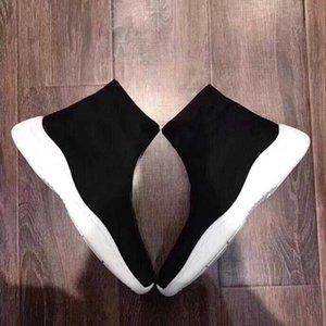 Women Sneakers Speed Trainer men Black outdoor shoes New Fashion Flat Sock Boots Casual platform Shoes Speed Trainer Runner sneakers