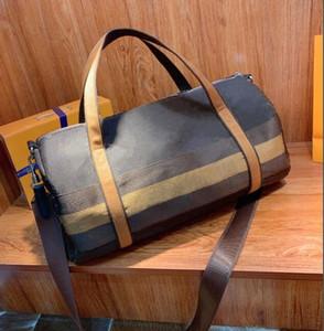 2020 Nuevo Diseñador de Llegada Bolsas Duffel Bags Hombres Alta Calidad Cuero Bolsa de viaje Equipaje Bolsa de fin de semana Día Embrague Gym Bag Bolse