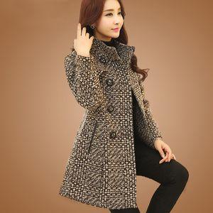 New Womens Wool Blends Coat Winter 2021 Autumn Fashion Elegant Mother Turtleneck Plaid Slim Long Tweed Woolen Outerwear Female
