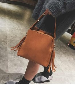 Hot Sale Women Bucket Bag Vintage Tassel Messenger Bag High Quality Shoulder Simple Crossbody