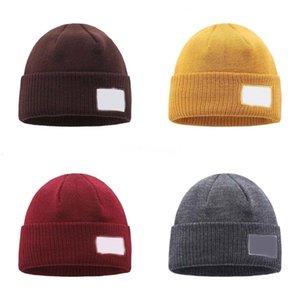 Chapeaux radin soudre de soleil femmes chapeaux de chapeau de paille en ligne Chapeau de paille de voyage en plein air Protection UV Deux types de couleur à vendre # 531543534