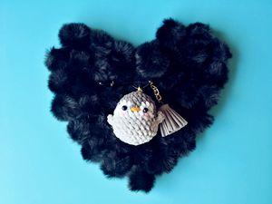 Pure Hand Crochet Penguin Doll KeyChain Grey Sitting Plush Stuffed Toys Bouquet Gift Plush Toy Stuffed Cat Doll Gift Key Ring