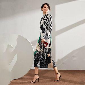LANMREM 2020 Nuevo otoño soporte de collar Imprimir Colorblock Long Pleated Women Vintage Slim fue delgado Oficina Vestido de señora PD789