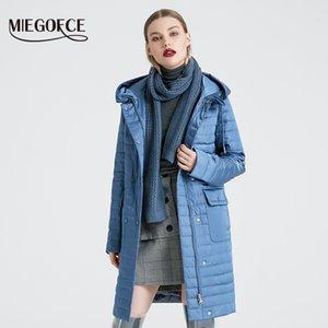 MIEGOFCE 2020 Новая коллекция Женская куртка весна Стильный пальто с капюшоном и накладными карманами Двойная защита от ветра Тренч 2E0C
