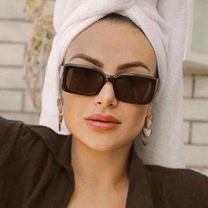 Occhiali da sole Qpeclou Fashion Simple Square Donne Donne Designer Brand Designer Vintage Colore Sole Occhiali da sole Shades Oculos Feminino UV400
