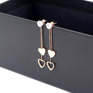 Shining fashion heart rhythm fringed double heart long earrings Japanese wild titanium steel rose gold heart-shaped earrings