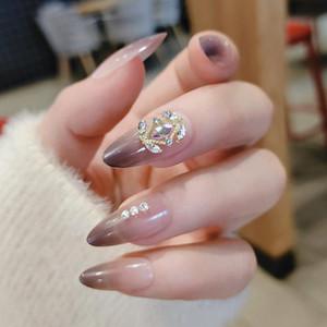 Falsos unhas 24 pçs / caixa com desenhos de comprimento médio e longa broca de cinto de diamante manicure patch wearable capa plena dicas de unhas falsas
