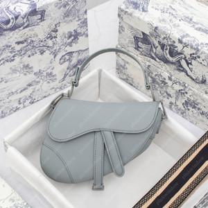 2021 Mode Satteltasche Womens Umhängetaschen Crossbody Frauen Luxurys Designer Rucksack Totes Ultramatte Kalbsleder Geldbörsen 20120402l