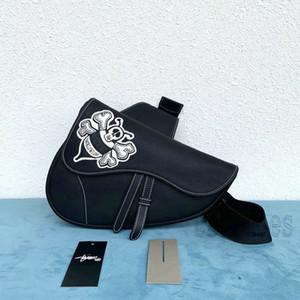 Bee Saddle Boucle Boucle Sac à main Handbags Iconic Poignées All-Match Cuir Véritable Sacs à bandoulière Noir Totes Cross Corps Embrayages