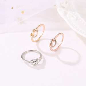 40pcs Lot New Arrive Geometric Finger Rings Rose Gold Knot Cluster Rings For Women White K Gift Hand Jewelry Ornaments Accessories
