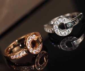 Luxurious style punk ring with round shape and sparkly damond for women charm jewelry free shipping PS6449