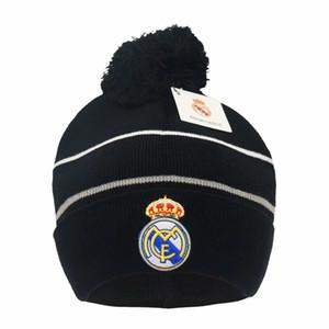 Yeni Sonbahar Kış Futbol Hayranları Caps Futbol Şapka Hediye Gerçek Madrid Messi Manchester Cap Spor Eğitim Futbol Beanies Şapkalar