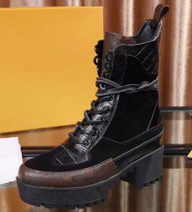 Botas de bota del desierto de la plataforma de la tacón de la plataforma de la plataforma de las mujeres de las mujeres de la alta calidad.