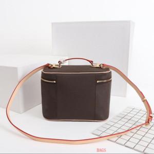 Designer Makeup Bag Donne Vecchio Fiore Make Up Bag Designer Pouch Fashion Designer Borsa cosmetica Borsa a tracolla Borse a tracolla RG2030519 / *