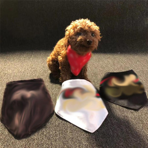 INS 스타일 인쇄 애완 동물 Bandanas 클래식 조정 가능한 테디 Bichon 타액 수건 실내 야외 사랑스러운 애완 동물 활