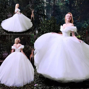 Romantic White Ball Gown Wedding Dresses Off Shoulder Sweetheart with 3D Handmade Flowers Appliques Tulle Wedding Dress Bridal Gowns