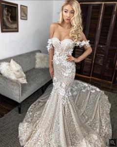2021 New Sexy Arabic Blush Pink Mermaid Wedding Dresses Off Shoulder Full Lace Appliques Flowers Open Back Chapel Train Formal Bridal Gowns