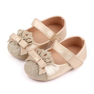 Scarpe da bambino Spring Soft Sole Girl PU First Walkers Fashion Baby Girls Scarpe Butterfly-Knot Crown Prima Sole Scarpe per bambini