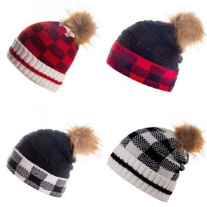 Free Shipping New Winter Pom Beanie Warm Woolen Hat Designer Knitted Plaid Tab Hats Hot-Selling Fashion Beanies