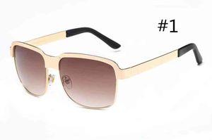 MOQ = 10pcs Mujer de verano Marco de metal Ciclismo Gafas de sol Señoras Playa Playa Sunglasse Hombres Al aire libre Conducción Gafas de sol Gafas de sol