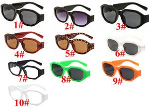 Pequenos óculos de sol redondos Retro Homens Mulheres Rivet Leopardo Chá Shades Vintage Novo Designer Óculos Oculos UV400 10 Cores Gafas de Sol 10pcs Rápido
