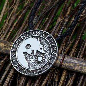Youne Shone Pagan Nordic Amulet Amulet Grande catena uomo Norse Vichings Rune Amulet Wolf Ciondolo Collana1