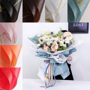 Papel de envoltura de ramo de flores 20pcs / lote 60 * 60 cm Material de mármol impermeable Matte de San Valentín regalo Papel de embalaje