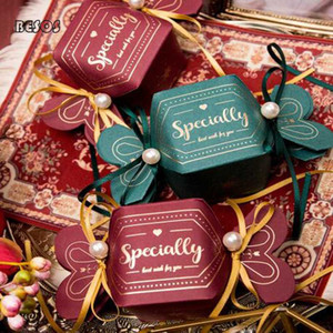 Wholesale High-end Folding Shape Bronzing Party Wedding Christmas Candy Chocolate Packaging Decoration Gift Box