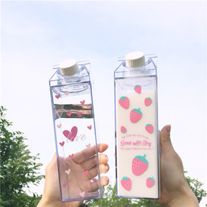 500ml Creative Cute Plastic Clear Milk Carton Water Bottle Fashion Strawberry Transparent Milk Box Juice Water Cup for Girls Kid 201116