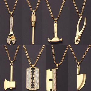 Pendentif Colliers Strass de luxe Gold Blade Hip-Hop Collier Homme Collier Chaîne Rock Chaîne Gothique Moto Gothique Charme Long Bijoux Accessoires Cadeau