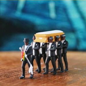 1:64 Hohe Simulation Kunststoff Ghana Begräbnis Sarg Tanzen Pallbarer Team Modell Exquisite Verarbeitung Action Figure Auto Dekor