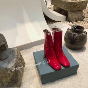 Prada shoes 2021The Kadınlar Slaytlar Yaz Terlik Plaj Kapalı Düz G Sandalet Terlik Evi Flip Flop Spike Sandal DX200811 ile