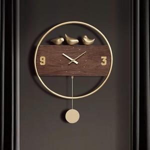 Hoshine Decoración del hogar Vintage Wall Clock Decoración marrón Solid Wood Reloj de Pared Bird Horloge Saat Swingable