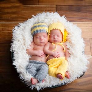 2 ШТ. / Установить Newborn Baby Boys Boys Girls Фотографии реквизит вязание крючком вязание костюм Twins Hat + брюки Photo Wrap подходящие аксессуары