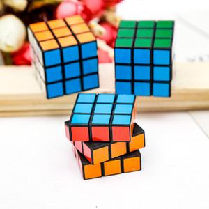 DHL SPEDIZIONE 3x3x3 cubo magico cubo portatile stickerless cubo con puzzle portachiavi professionale cubi di velocità giocattoli educativi per studenti