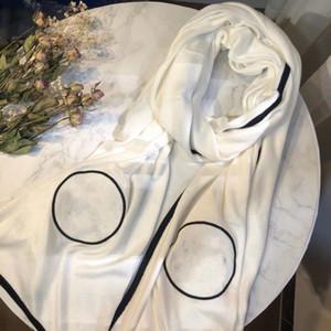 Fashion New Bianco Classic With Black Cotton Ladies Donne di alta qualità Sciarpa cashmere per le donne autunno e scialle di scialle invernali