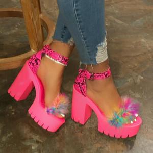 Spring Summer 2020 New Women Fur Rubber High Heel Platform Outdoor Leisure Buckle Slippers Beach Sandals Ladies Banquet Sandals