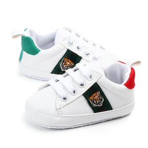 Scarpe da bambino infantile Scarpe Ragazze Ragazzi Ragazzi Lace-Up Crib Scarpe Neonato Prewalker PREWALKER Sole Sneakers Sneakers SpringAutumn Scarpe bianche
